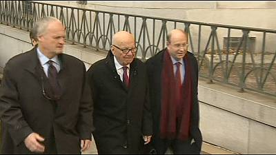 Murdoch agrees divorce settlement from third wife