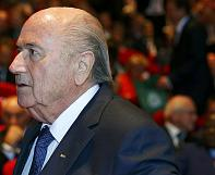 Blatter tries to distance himself from FIFA corruption scandal
