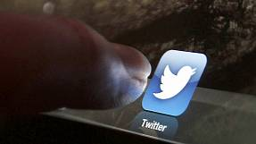 Twitter income up but share price stumbles over growth