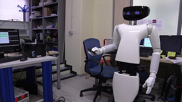 Italian team brings household robot a step closer