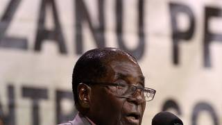Mugabe arrives in Venezuela for Non-Aligned Summit