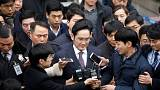 Samsung top boss faces arrest
