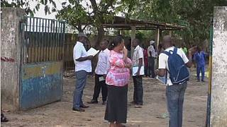 Gabon: Teachers seek solution to crisis