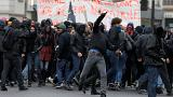 France: 2000 manifestants à Paris pour un premier tour social