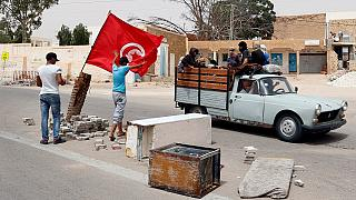 Tunisia forces clash with protesters trying to take over gas pumping station