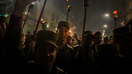 Students hold torch-lit parade in Havana [No Comment]
