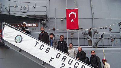 Une frégate turque a escorté mercredi une cargaison de blindés vers Tripoli (source militaire française)