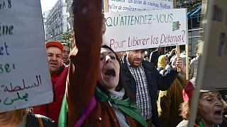 Algérie : le président gracie des milliers de prisonniers