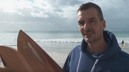 Handmade wooden surfboards: a South African's quest for a greener ride [No Comment]