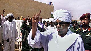 """Soudan : des ONG appellent à la remise """"immédiate"""" de Béchir à la CPI"""