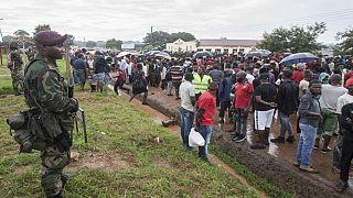 Malawi : des manifestants cadenassent les bureaux de la commission électorale