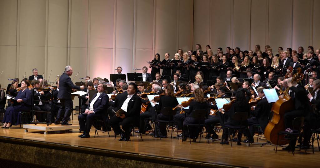 Abu Dhabi celebrates 250 years of Beethoven with the Hamburg Symphony Orchestra   Africanews
