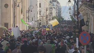 """Algérie : nouvelle mobilisation populaire une semaine avant le 1er anniversaire du """"Hirak"""""""