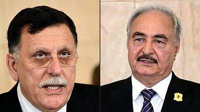 """Libye : les deux camps rivaux annoncent """"suspendre"""" leur participation aux pourparlers de Genève"""