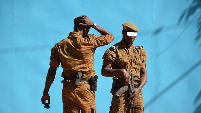 """Burkina : quatre morts dont trois policiers dans une """"embuscade"""" dans le centre-nord"""