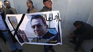 Indifférence au Caire après la mort de Moubarak