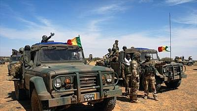 Burkina: 10 policiers tués dans une double attaque