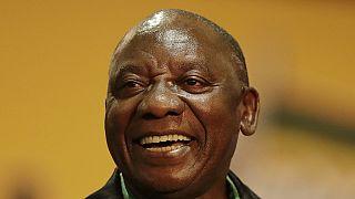 Afrique du Sud : victoire du président Ramaphosa contre la cheffe de la lutte anti-corruption