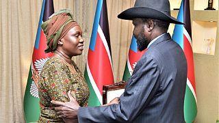 Soudan du Sud : l'épouse de Riek Machar nommée ministre de la Défense