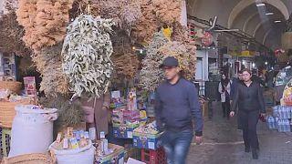 Face au Covid-19, les herboristes de Tunis font le plein