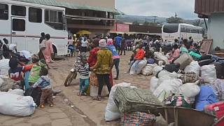 Cameroon streets crowded despite COVID-19
