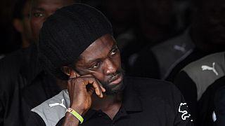 Coronavirus : Emmanuel Adebayor en quarantaine au Bénin (médias)