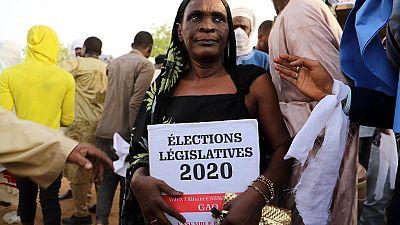Élections législatives au Mali : début des votes malgré les violences et le coronavirus