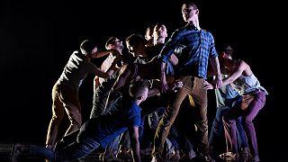 BalletBoyz fête ses 20 ans en ligne à cause du coronavirus [No Comment]