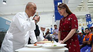 """L'amour, ingrédient magique du chef japonais Nobuyuki """"Nobu"""" Matsuhisa"""