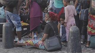 COVID-19: S.A police evict migrants in Cape Town