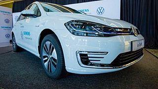 Au Rwanda, les voitures électriques font le bonheur des transporteurs