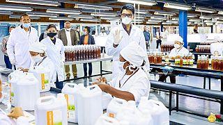 "Madagascar: lancement du Covid-Organics, un ""remède"" contre le COVID-19"