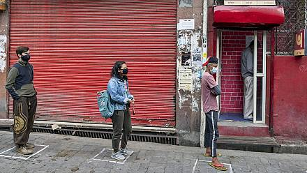 COVID-19 combat: Taiwan ATMs dispensing face masks