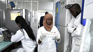 Coronavirus: au Sénégal, des tests rapides et à moindre coût