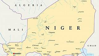 Heavy dust cloud sweeps Niger