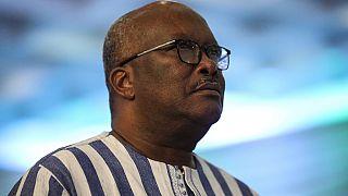 """Burkina : le président Kaboré juge """"inacceptable"""" la mort de 12 personnes dans une gendarmerie"""