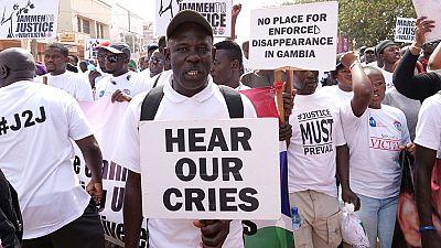 Gambie: report d'une manifestation contre les violences policières aux Etats-Unis