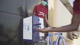 """""""Mobigel"""", l'invention d'un étudiant sénégalais contre la propagation du coronavirus"""