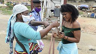 Virus : l'OMS craint pour la santé des femmes et les jeunes