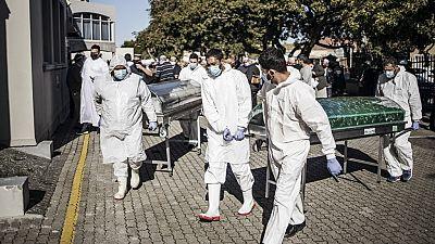 Afrique du Sud : le cri d'alarme du personnel médical avant le pic de la pandémie