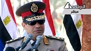 Egypt threatens to intervene in Libya as pro-govt forces advance