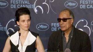 Binoche cries for jailed Iranian film maker