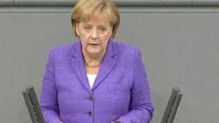 Merkel fala em perigo para o euro