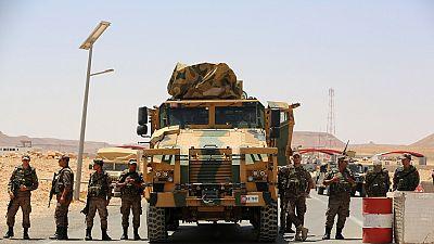 Tunisie : déploiement militaire à la frontière avec la  Libye (officiel)