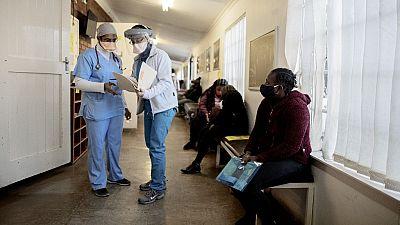 Afrique du Sud : deux morts par balles pour vol de masques