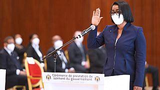 Gabon : la Première ministre Rose Christiane Ossouka Raponda prête serment