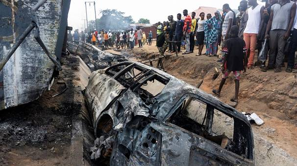 Fuel-Carrying Truck Accident in Central Nigeria Kills 20