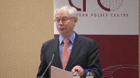 """""""Si la eurozona no sobrevive, la Unión Europea tampoco"""", advierte Van Rompuy"""