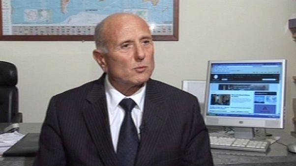 Tunuslu bakandan itidal çağrısı