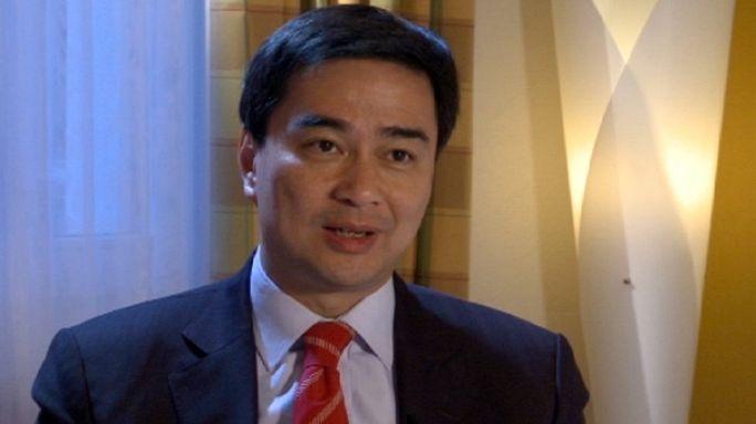 حوار مع رئيس الوزراء التايلندي أهبيسيهت ويتشاتشيوا